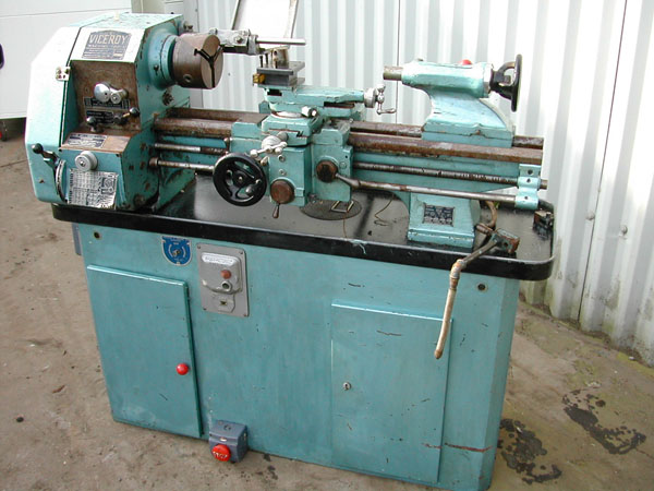 Tos SN 45 gap bed center lathe